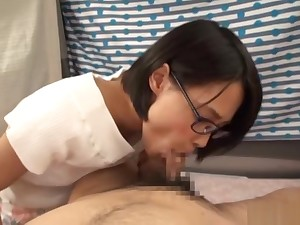 Cute Asian chick sucking a expansive stiff cock