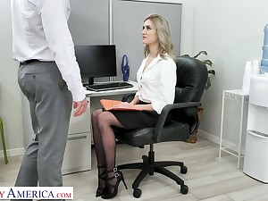 Auric secretary Mazzy Grace hooks connected with with duo of hot blooded co-workers