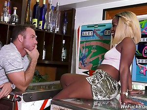 Horny black nympho Harmonie Marquise seduces dude in the bar to be fucked
