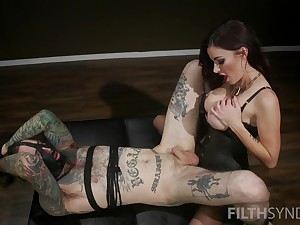 Heavy ass mistress enjoys fucking his slave in the ass
