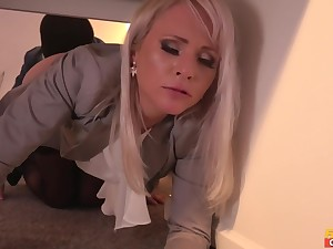 Michael Fly banged filthy MILF Kathy Anderson