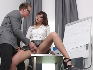 Secretary Katty Blessed drops first of all her knees to please her boss