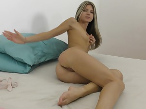 Careful tits blonde Gina Gerson pleasures her cravings with a dildo