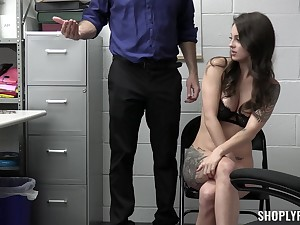 Hardcore shafting on the table ends with a facial for Maddy May