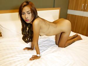 Incredible Pussy Thai - TukTukPatrol